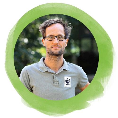 Dr. Arnulf Köhncke, WWF-Artenschutzreferent, der sich um bedrohte Tiere kümmert