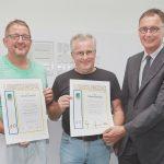 Für 40 Jahre Betriebszugehörigkeit erhielten Thomas Mandel und Jürgen Langer eine Auszeichnung