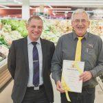 Marktleiter Otmar Stoffel feiert sein 40-jähriges Betriebsjubiläum.