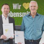 Robert Kucher, Leitung Trockensortiment im Lager in Heddesheim, gratulierte dem Jubilar Karlheinz Peipelmann.